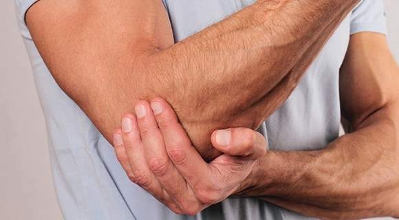 Our chiropractors treat elbow pain in Andover