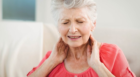 Neck pain treatment in Andover with chiropractic